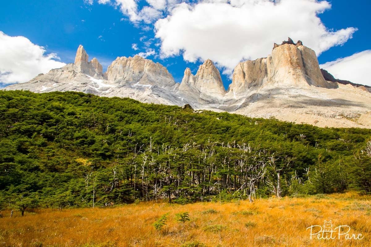 Les Cuernos depuis la Valle del Francés