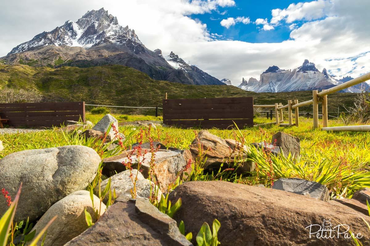 Vue sur le Cerro Paine Grande et les Cuernos depuis le refuge