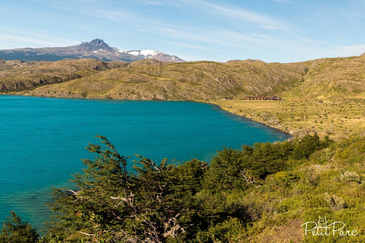 Le Lago Pehoe avec le refuge Paine Grande